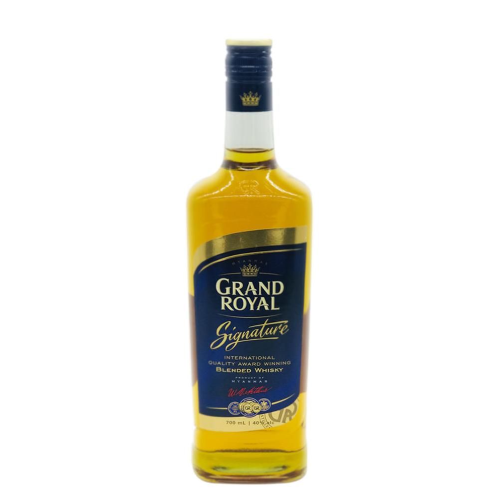 Grand Royal Signature Whisky 700 ml